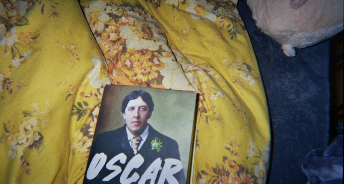 Elio's photograph (for the 21st Century Kids) of a book of the biography of Oscar Wilde.